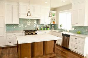 Tile kitchen backsplash ideas with white cabinets home for Backsplash for white kitchen cabinets