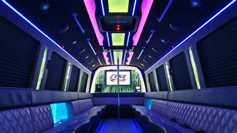 freightliner   sale ws   sell limos