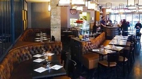 restaurant porte de montreuil caf 233 de l industrie restaurant 1 avenue de la porte de montreuil 75020 adresse horaire