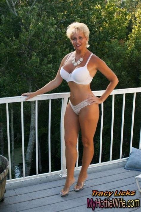Beautiful Naked Amateur Women Over Fifty Photo Sexy