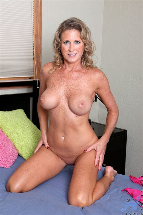 freshest mature women on the net featuring anilos jade busty anilos