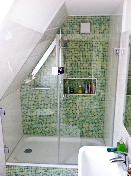 dusche unter dachschräge begehbare dusche dachschr 228 ge kleine begehbare dusche dachschr ge dachschr ge ideen begehbare