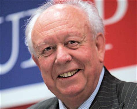 Jeanclaude Gaudin Sénateur  Maire De Marseille, Citoyen