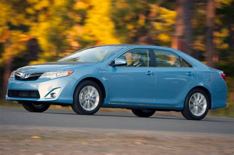 2013 Toyota Camry Hybrid Warning Reviews  Top 10 Problems