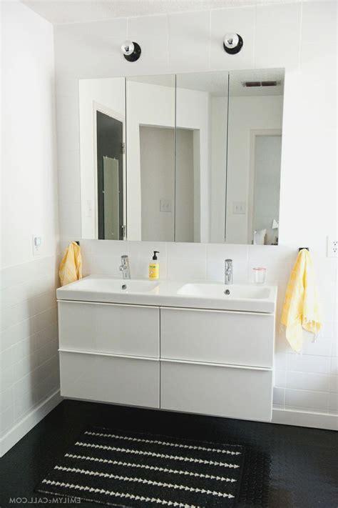 Ikea Mirror Cabinet Bathroom by Ikea High Gloss White Master Bathroom With Ikea Godmorgon