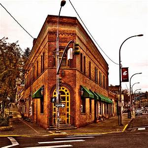 The Flatiron Building - Pullman Washington Photograph by