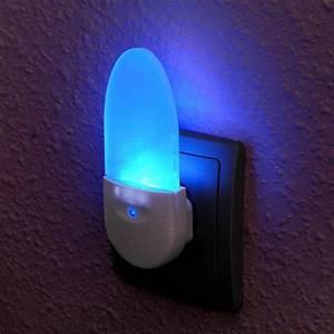 Led Nachtlicht Kinderzimmer : led nachtlicht nl 03 von pentatech kinder notbeleuchtung ~ Markanthonyermac.com Haus und Dekorationen
