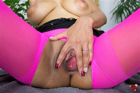 Cristina Miller Foot Fetish And Footjob Vr Porn Video