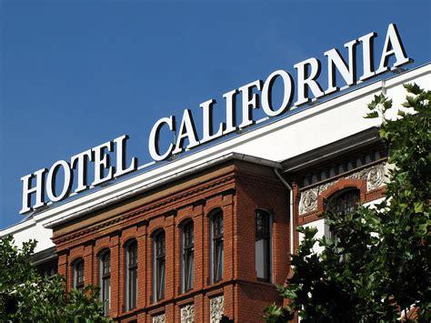 daily photo stream hotel california