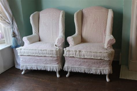 shabby chic slipcovers for wingback chairs items similar to shabby chic wingback chair pair pink white vintage matelasse bedspread cottage