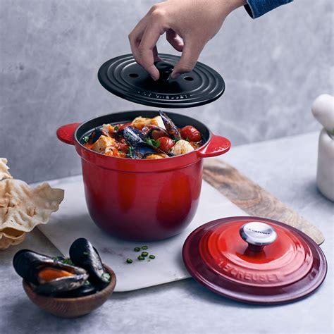 le creuset signature cast iron rice pot  stoneware insert  quart white cutlery