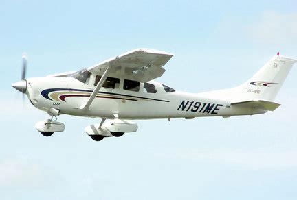 plane crashes  lake michigan   ludington