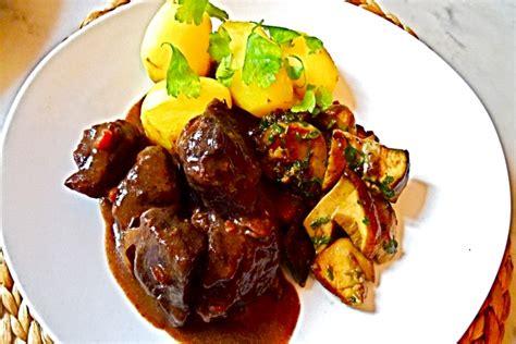 cours de cuisine grand chef boeuf bourguignon traditionnel recette de boeuf