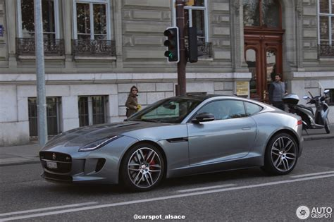 2016 Jaguar F-type R Awd Review (video)