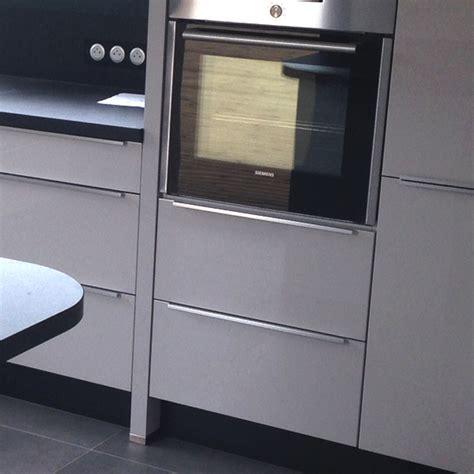 meubles cuisine inox modèle de cuisine gris soie noir cuisine et moi cuisiniste en loire atlantique 44