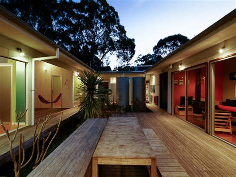 small houses  courtyards homes  courtyards vacation home designs treesranchcom