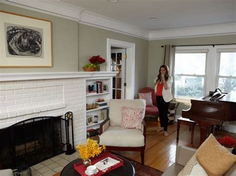 Living Room Decor Housekeeping by One Day Living Room Makeover Do This In The Den Living