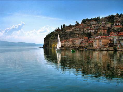 The Guardian: Liqeni i Ohrit, një nga 10 bukuritë e Evropës