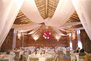 Idee Deco Salle Mariage : decoraci n de salones para bodas con telas para m s informaci n ingresa en http ~ Teatrodelosmanantiales.com Idées de Décoration