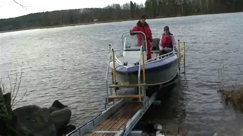 Electric Boat Winch Youtube by Easyboatroller Boat Dock With Electric Winch Just Push