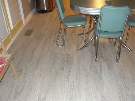 White Color Trafficmaster Allure Vinyl Plank Flooring For