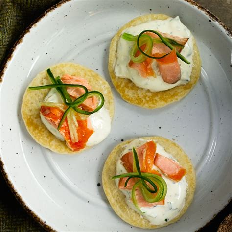 easy canapes smoked salmon recipes 33 things to do with smoked salmon