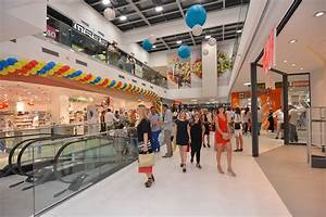 Sub City opened - crowded shopping mall is a new hit destination in Dubrovnik - Just Dubrovnik  Shopping