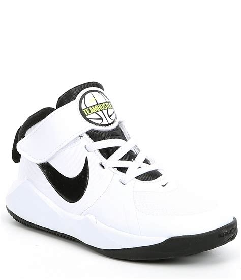 nike boys team hustle   ps basketball shoe university
