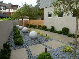 decoration jardin avec graminees dornementarbres et pierres With decoration jardin avec pierres