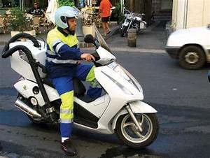 Sud Ouest Moto : la moto comme outil de travail ~ Medecine-chirurgie-esthetiques.com Avis de Voitures