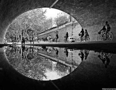 beautiful amazingly symmetrical photographs  paris