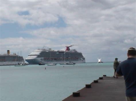 Carnival Cruise Ship Stranded | Fitbudha.com