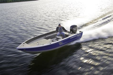 Crestliner Open Boat by Top 10 Aluminum Fishing Boats For 2016