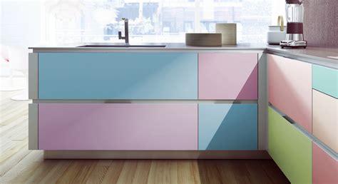 relooker cuisine formica customiser cuisine en bois relooker des meubles de