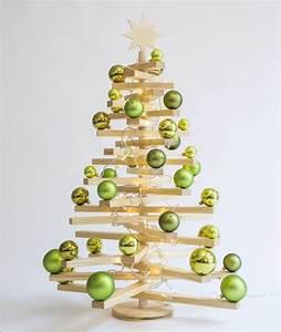 Weihnachtsbäume Aus Holz : die besten 25 holzbaum ideen auf pinterest h lzene weihnachtsb ume holz weihnachtsbaum und ~ Orissabook.com Haus und Dekorationen