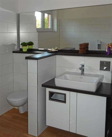 Waschtisch Modelle Fuers Badezimmer by Kompakter Waschtisch Mit M 252 Lleimer F 252 R Papierhandt 252 Cher