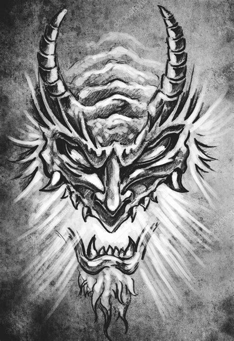illustration de tatouage masque monstre japonais — Photographie outsiderzone © #80289328