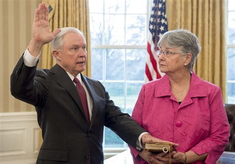 Mary Blackshear Sessions, Jeff's Wife: 5 Fast Facts ...