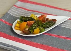 Schinkenröllchen Mit Spargel : tomatensalat mit gr nem spargel thecookingknitter ~ Lizthompson.info Haus und Dekorationen