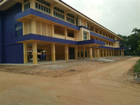 ก่อสร้าง โครงสร้างอาคารเรียน แบบ 212ล/57-ก โรงเรียนท่าน ...