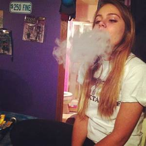 smoking hookah on Tumblr