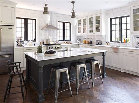 what color kitchen cabinets are timeless 16 traditional kitchens with timeless appeal