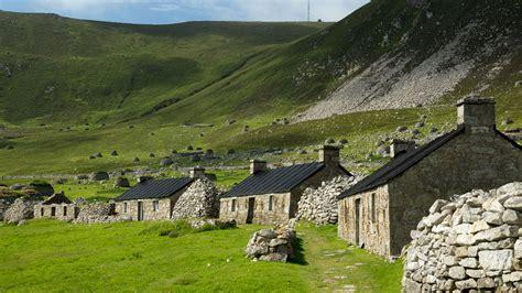 Häuser In Schottland by St Kilda Inselgruppe Am Rande Europas