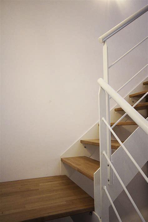escalier peint blanc et bois escalier m 233 tal blanc bois atelier joseph
