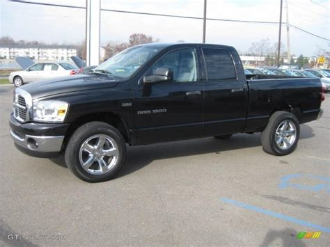 brilliant black crystal pearl  dodge ram  big horn