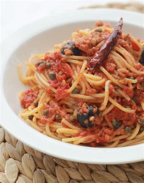 p 226 tes sauce tomate thon c 226 pres et olives cuisine culinaire