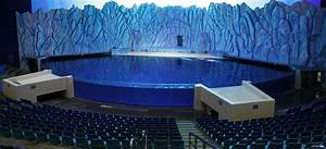 Commercial Aquarium Builder Reynolds Polymer Technology Provides Acrylic For Record Breaking