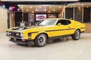 1972 Ford Mustang   Classic Cars for Sale Michigan: Muscle & Old Cars   Vanguard Motor Sales