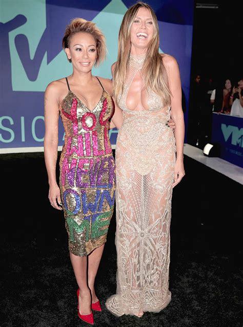 Mtv Vmas Heidi Klum Risks Nip Slip She