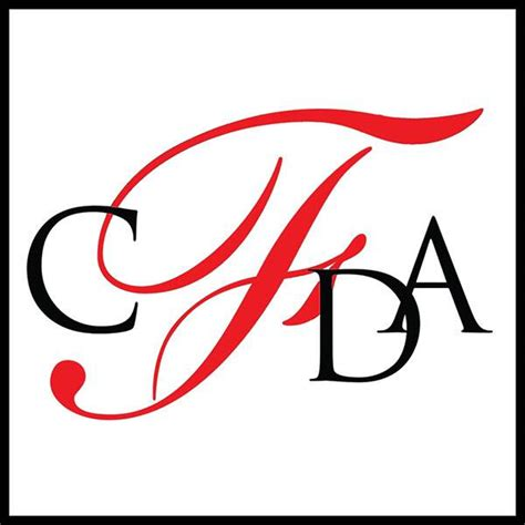 Cfda Fashion Awards Red Carpet Arrivals See Mandy